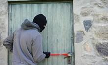 Столичанин остана без спестяванията си, крадец отмъкна 17 800 лева от дома му