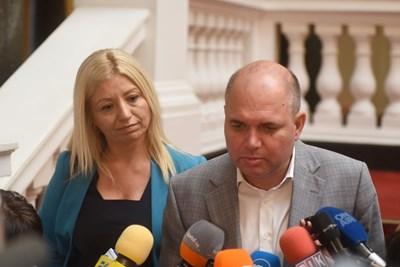 Рано е да се каже, на група ще решим, отговори Панев на въпрос дали ДБ ще подкрепи кабинета на ИТН. Снимки ВЕЛИСЛАВ НИКОЛОВ