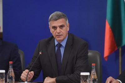 Служебният премиер Стефан Янев Снимки: Велислав Николов
