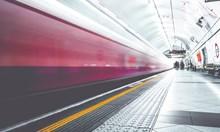 Ужас в парижкото метро: Влак без машинист профуча през 3 станции