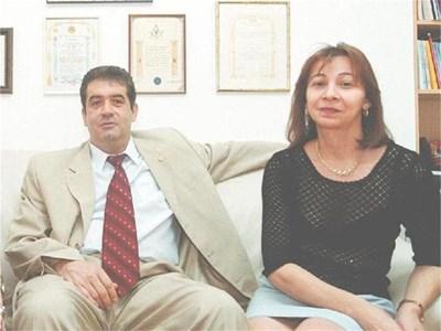 Иван Ставрев със съпругата си Румяна. В последните месеци тя била плътно до него, както винаги досега. СНИМКИ: ВЛАДИМИР СТОЯНОВ И АРХИВ