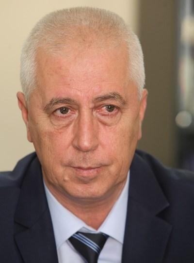 Министърът на здравеопазването Николай Петров подаде оставка.