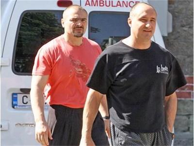 "Пламен Галев и Ангел Христов (вляво), известни като Братя Галеви СНИМКА: ""24 ЧАСА"""
