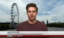 Студенти в Англия проституират и не обядват, за да се издържат. Стипендията им не стига за основни нужди