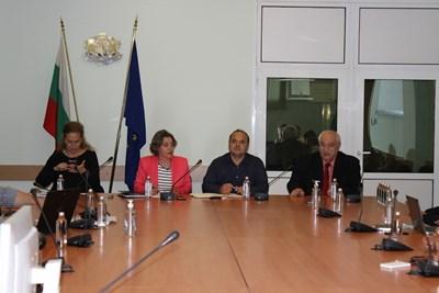 Министър Асен Личев на четвъртата среща на неправителствените организации, работещи в сферата на околната среда Снимка: МОСВ