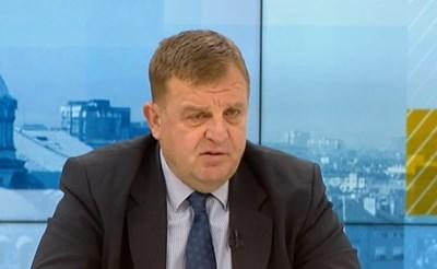 Вицепремиерът и министър на отбраната Красимир Каракачанов  КАДЪР: БНТ