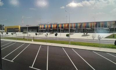 Летище Варна очаква 14 000 полета.  СНИМКА: МАРИЯНА БОЙКОВА