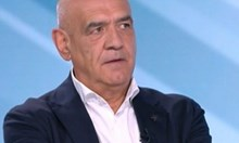 Шефът на Здравната каса Дечо Дечев обяви, че се оттегля и отправи тежки обвинения към здравния министър