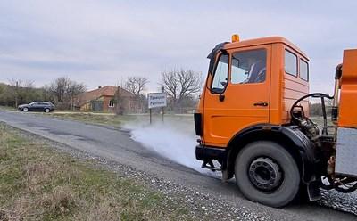 Дезинфекциращите машини стигнаха до най-отдалечените от Несебър населени места.