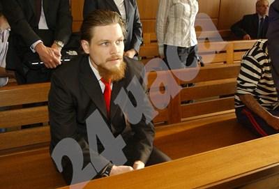 Джок Полфрийман, заснет в съда. СНИМКА: 24 часа