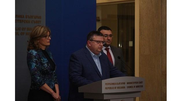 Цацаров: Задържаният за атаката в Нова Зеландия е обиколил исторически места в България
