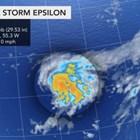 """Тропическата буря """"Епсилон"""" в Атлантическия океан се засили до ураган, приближавайки Бермудските острови. Снимка: AccuWeather"""