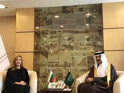 Министър Ангелкова и принц Султан бин Салман бин Абдулазис Ал-Сауд договориха в Рияд конкретни действия в туризма СНИМКА: Правителственият пресцентър