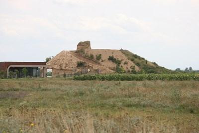 Зоната около могилата Малтепе стана изцяло защитена.
