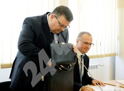 Сотир Цацаров и Лозан Панов, заснети заедно. СНИМКА: 24 часа