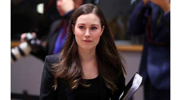 Най-младата премиерка в света израства в семейство на лесбийки. Имала тежко детство заради пиянството на биологичния й баща