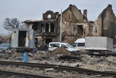Къщите до жп линията след взрива