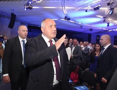 За последно Борисов свика събрание на ГЕРБ, за да бъде освободен Цветан Цветанов като зам.-председател.