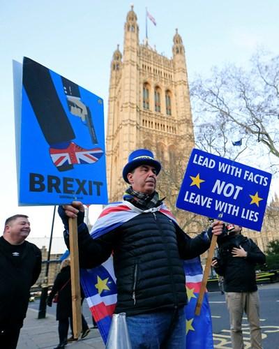 Брекзит ще има, но драмите за Обединеното кралство съвсем не са приключили
