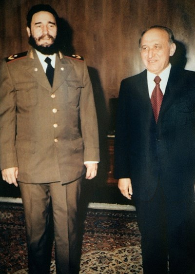Фидел Кастро на среща с Тодор Живков. Кубинският лидер гостува у нас два пъти - през 1972 и 1976 г.