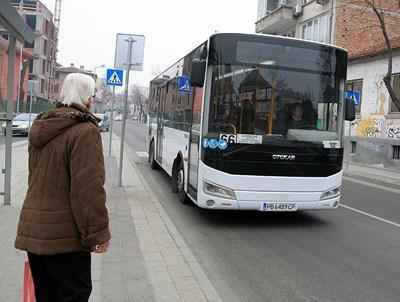 """Линия 66 се обслужва с нови автобуси от """"Хеброс бус"""". За нея и за № 1 между превозвачите е на път да пламне война."""