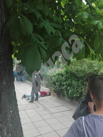 Заловеният нападател от ромски произход СНИМКИ: Авторката СНИМКА: 24 часа