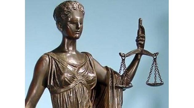След 7 години обвиниха четирима за смъртта на дете на Златни пясъци