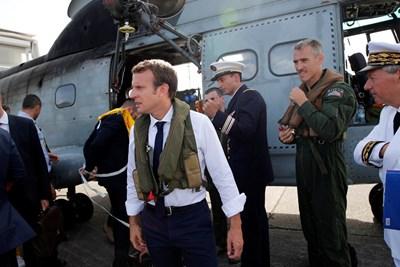 Макрон ще посети и френско-холандския остров Сен Мартен и френския остров Сен Бартелми, които са сред най-засегнатите от бедствието. Снимка РОЙТЕРС