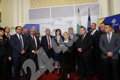 Елена Йончева на пресконференция на парламентарната група на социалистите  СНИМКА: Десислава Кулелиева СНИМКА: 24 часа