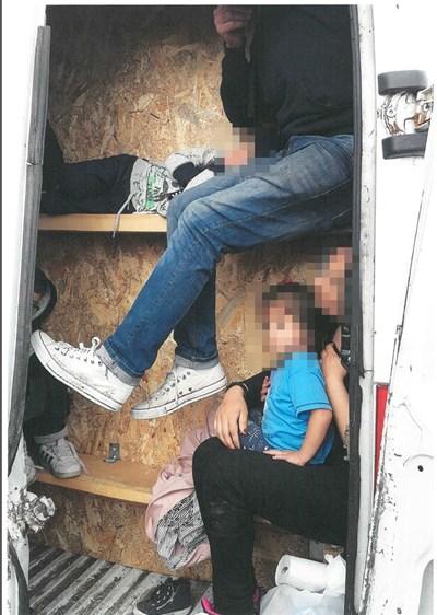 """Това са бежанци, заловени по време на първата акция """"Халифакс"""" през 2017 г."""