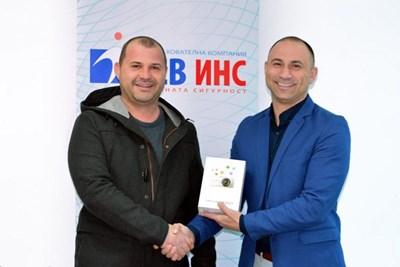 Валентин Илиев (вдясно)