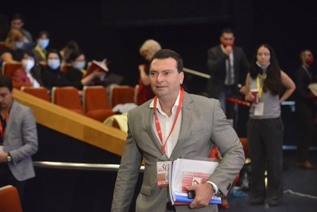 Лидерът на БСП - София, Калоян Паргов влиза в зала 1 на НДК.