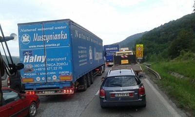 """Така изглеждаше трафикът по """"Хемус"""" на 4 юни между тунелите """"Ечемишка"""" и """"Витиня"""". СНИМКА: Марияна Бойкова"""