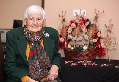 Иванка Антонова е снимала десетки новогодишни приветствия на Тодор Живков