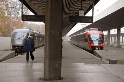 Последните нови влакове, които купи БДЖ бяха доставени през 2005 г.
