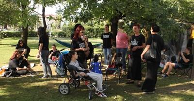 Майките на деца с увреждания продължават да настояват за закон за личната помощ. СНИМКА: Румяна Тонeва