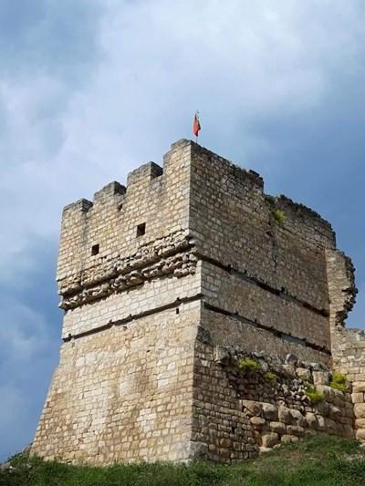 Кулата в Червен Снимка: Авторът
