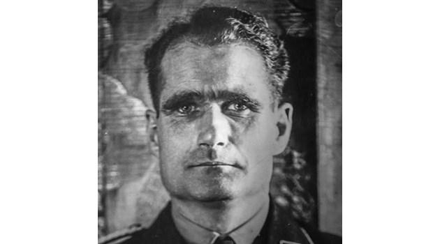 Рудолф Хес арестуван още преди войната да е свършила