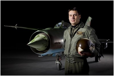 Загиналият пилот Валентин Терзиев пред МиГ-29