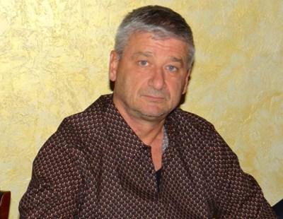 Христо Христов обяви днес, че няма финансова възможност да продължи да издържа клуба.
