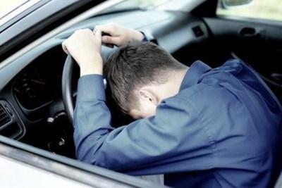 """По първоначални данни лек автомобил """"Нисан"""", управляван от 25-годишния М.М. е ударил пресичащия мъж, който е починал на място.  СНИМКА: Архив"""