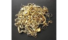 Как жената на наш дипломат пренася половин килограм злато, без да подозира