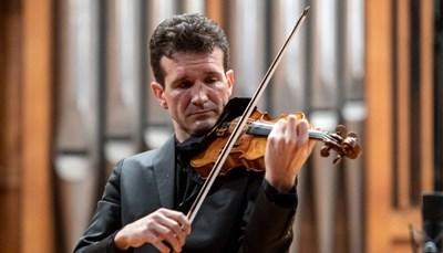 Цигуларят Светлин Русев с 10 биса по желание на публиката в Русе