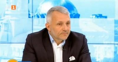 """Съпредседателят на коалиция """"Изправи се! Мутри вън!"""" Николай Хаджигенов Кадър: БНТ"""