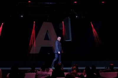 Главният изпълнителен директора на А1 България Александър Димитров представи новия бранд.