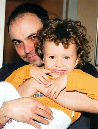 Григор Кумитски със сина си Матю СНИМКА: ЛИЧЕН АРХИВ