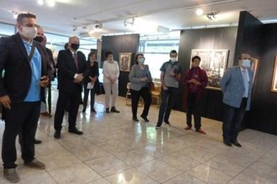 Една от първите прояви на новия министър на културата от служебното правителство проф. Велислав Минеков - откриването на юбилейната изложба на художника Димитър Киров