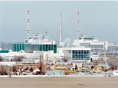 """Досега в """"Козлоздуй"""" не е имало изтичане на радиоактивни газове дори в херметичната зона, казва шефът на ядрения регулатор Сергей Цочев. СНИМКА: ИВАН ЗАХАРИЕВ"""