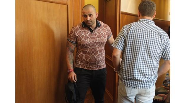 Гочо Бургаския призна, че е командвал дилърите в групировката на Сако по морето