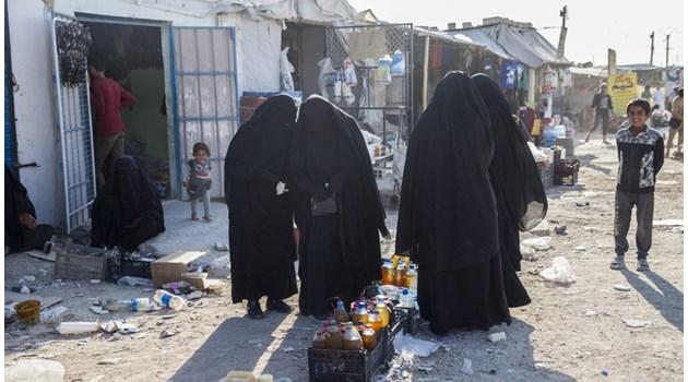 Жените на Ислямска държава: Ние сме тиктакаща бомба!